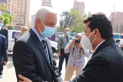 استقبل الدكتور عادل مبارك رئيس جامعة المنوفية الدكتور أشرف صبحى وزير الشباب والرياضة